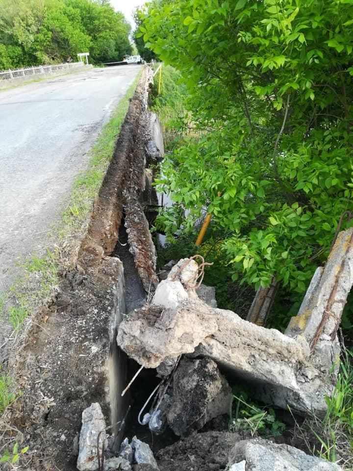 Через обвал старого мосту на Макарівщині 450 абонентів залишились без газопостачання - газопостачання, газ - 1705 gaz4