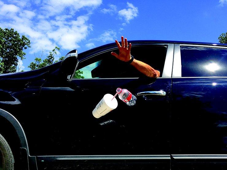 Штраф до 1700 грн: українців почнуть карати за викинуте сміття - штрафи - 1 jjd5ErY.jpg.740x555 q85 box 204017961191 crop detail upscale