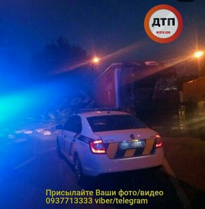 20190517_083328 Жахлива ДТП на Житомирській трасі: біля села Бузова зіштовхнулися дві фури