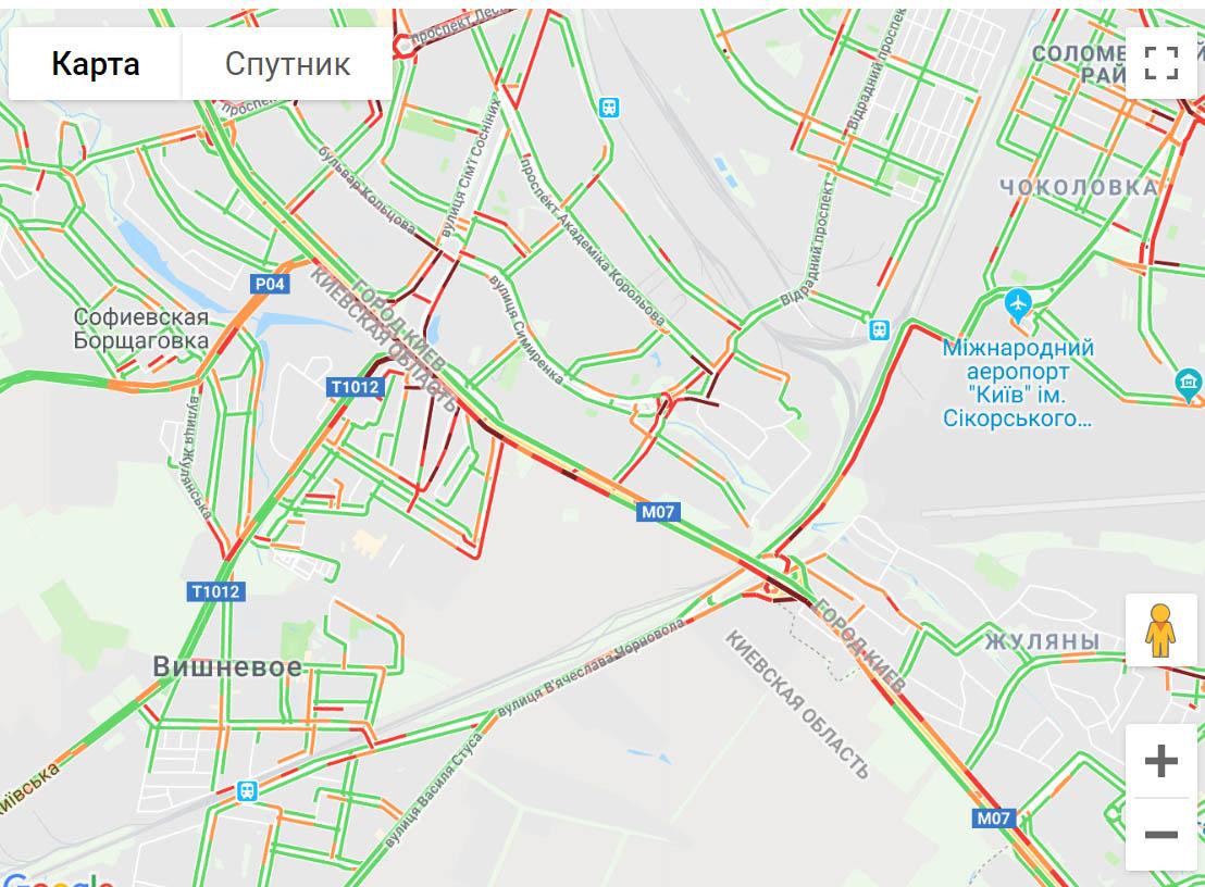 27398546 Київ стоїть в довжелезних заторах