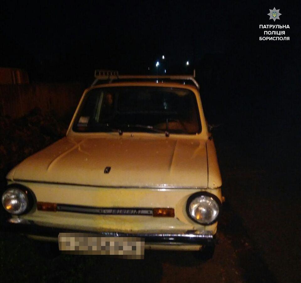 59295215_2392056174349504_870428105250963456_n П'яний водій на ретро авто їздив Борисполем