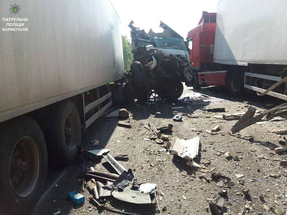 ДТП у Баришівському районі: 2 вантажівки не поділили дорогу -  - 59397885 2393258367562618 5554855635423592448 n