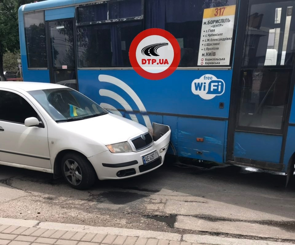 У Борисполі в 317 маршрутку врізався легковик -  - 59527220 1319088301590393 5631247693276774400 n