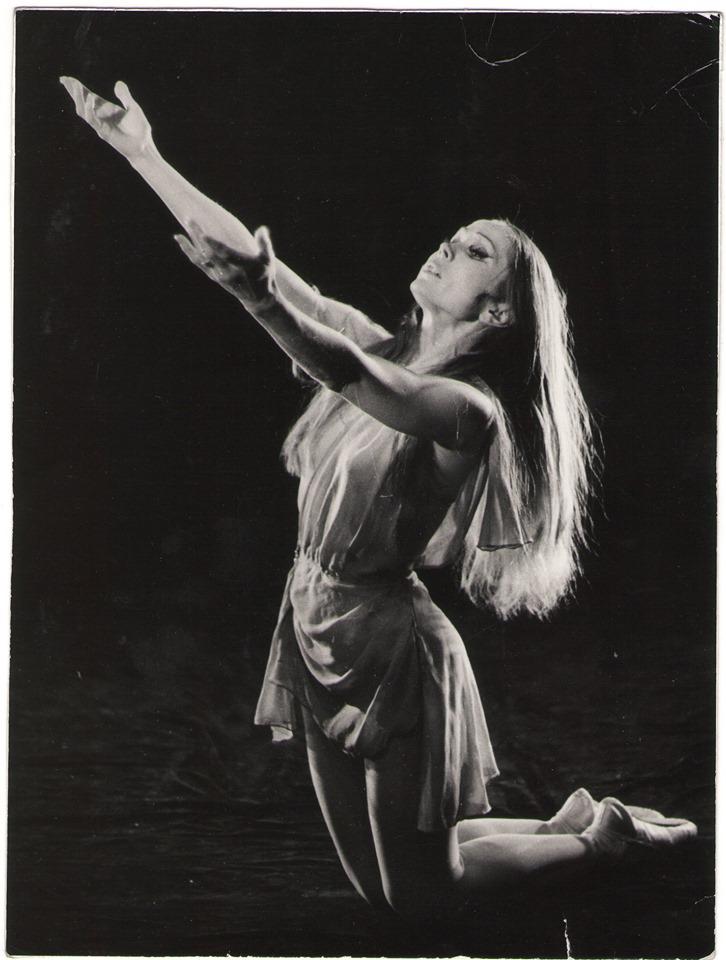 Померла відома українська балерина Леонора Еллінська -  - 59679367 1235813016581312 7112411308976242688 n