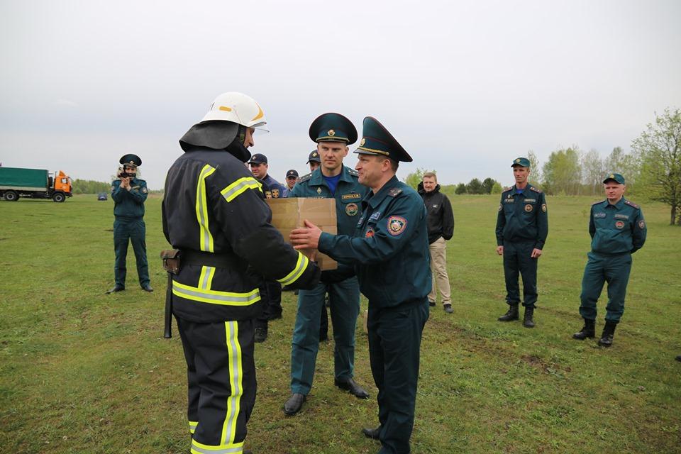 60341800_2462389357113211_6538743844488347648_n Завершено реалізацію проекту міжнародної технічної допомоги «Моніторинг, прогнозування та  гасіння пожеж в природних екосистемах на прикордонній території»
