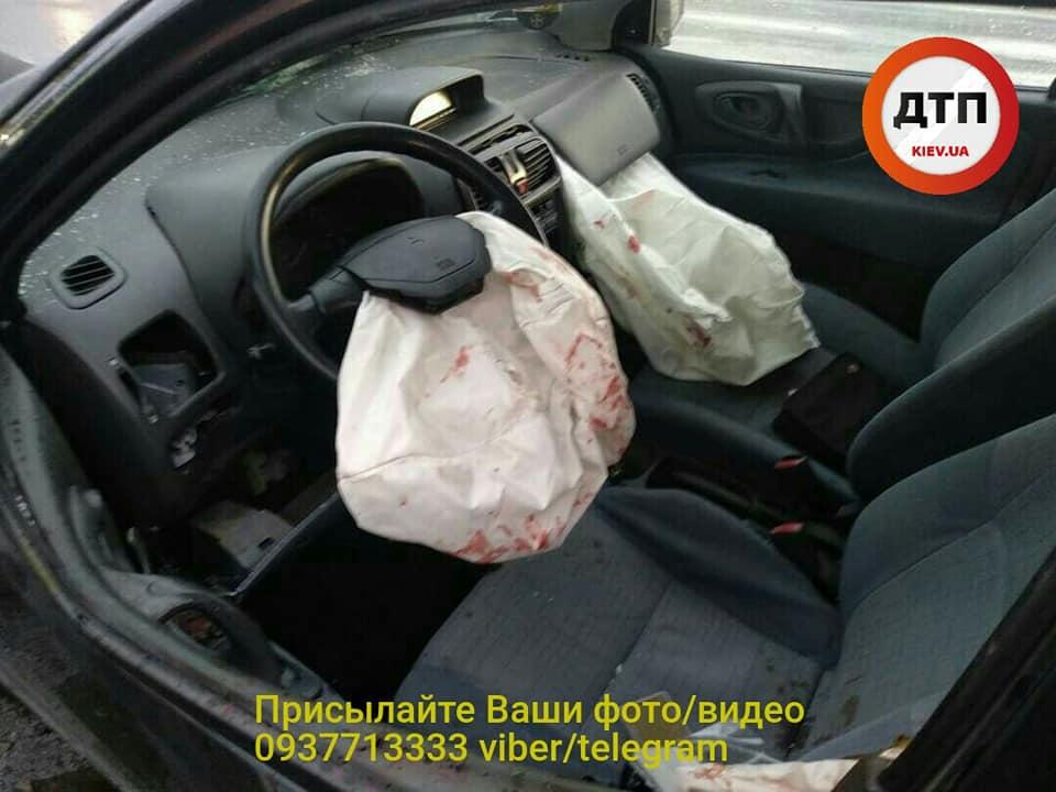 Серйозна ДТП у Борисполі: водія госпіталізували у важкому стані -  - 60611946 1330930353739521 291620252104523776 n