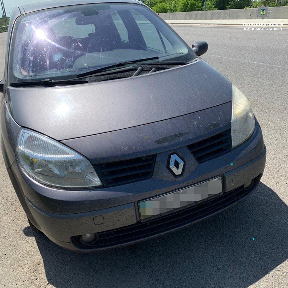 Документи з ознаками підробки виявили у водіїв на Київщині
