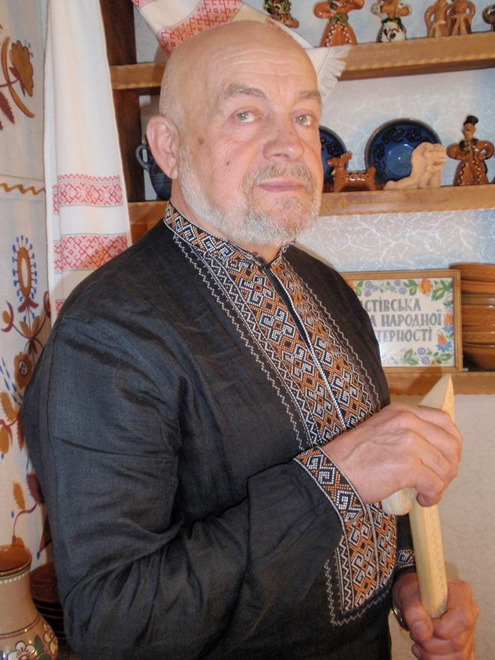 Фастівський скульптор здобув Гран-прі на Всеукраїнському конкурсі «Мистецтво» - Фастів, скульптура, Перемога, всеукраїнський конкурс - 60998646 2365803273477098 274041320329183232 n