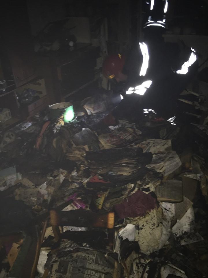 В Броварах у багатоповерхівці горіла квартира зі сміттям -  - 61703348 1284732105010366 3811015036831268864 n