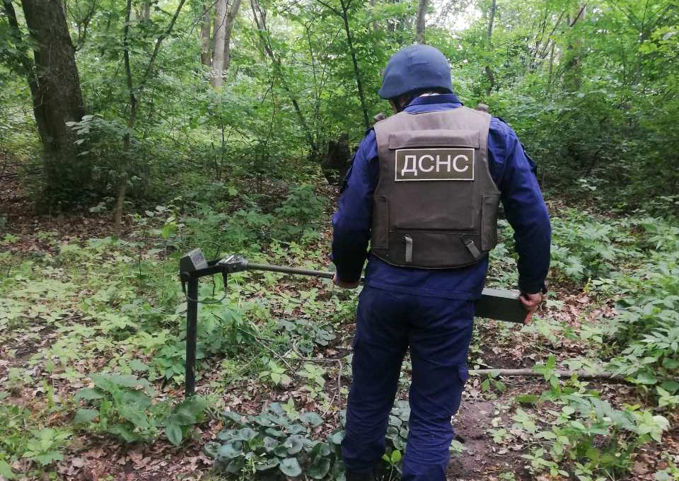 Білоцерківські піротехніки знешкодили вибухонебезпечні предмети - піротехніки, ДСНС, вибухонебезпечні предмети - IMG 2d8fea18c0b2c5bfd3d5be25a63b1367 V