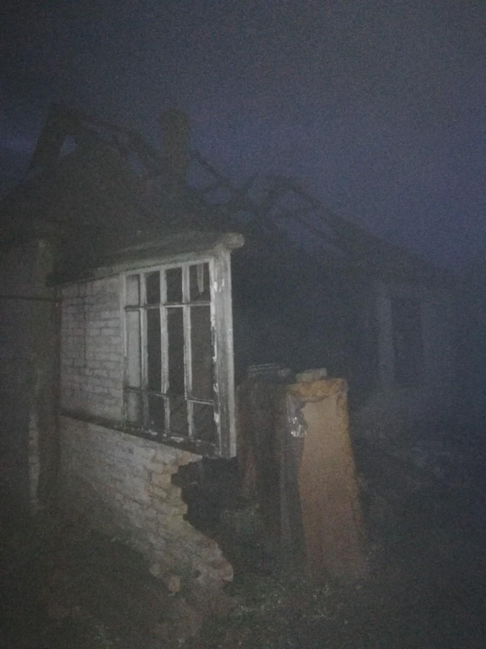 На Обухівщині загорівся будинок - рятувальники, пожежа, ДСНС - IMG a3972f151f3a4f4f71bed205c239e512 V