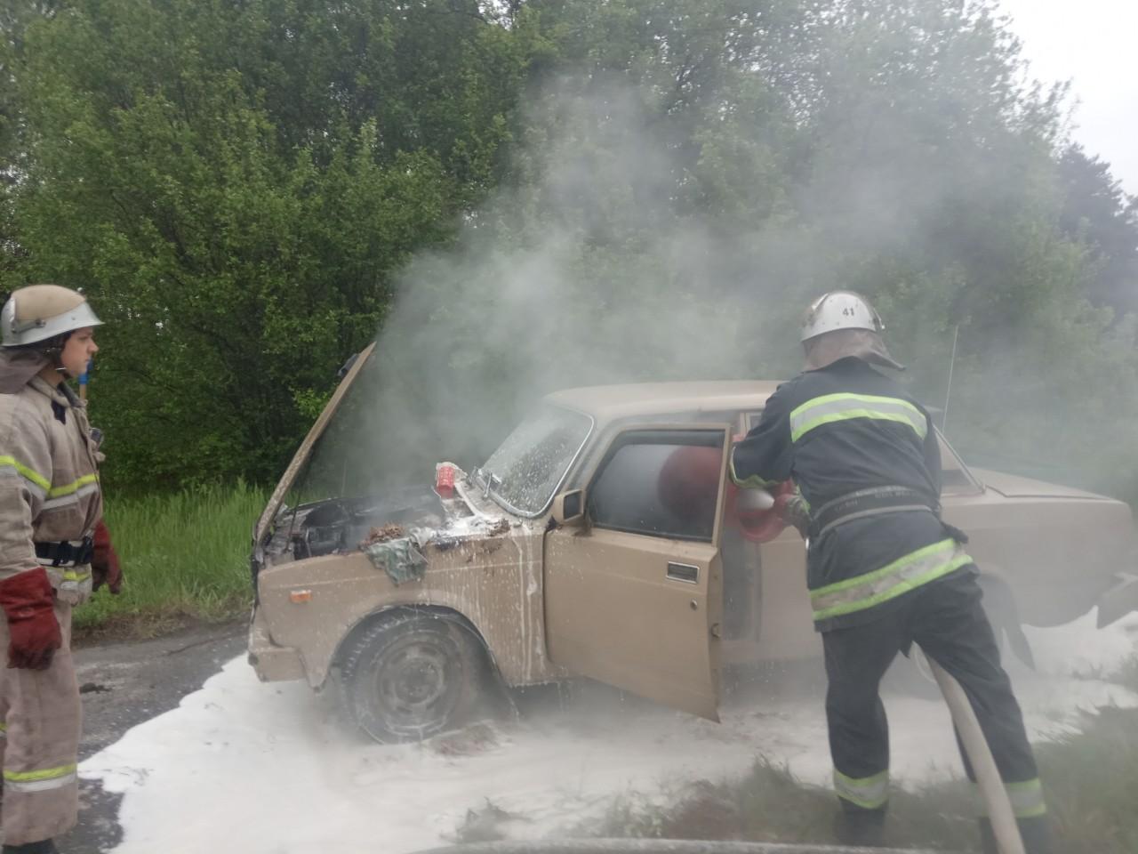 На Іванківщині горів автомобіль -  - VAZ 2105