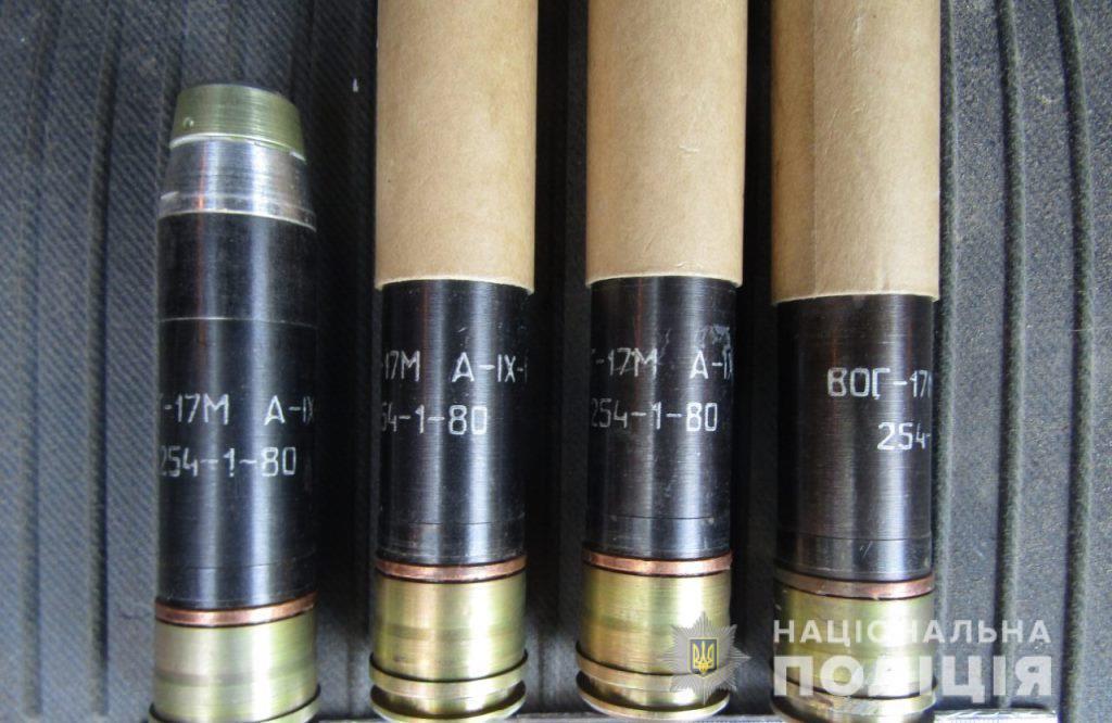 Боєприпаси до гранатомету знайшли у Бучі в багажнику жителя Ворзеля -  - bucha granaty2 1