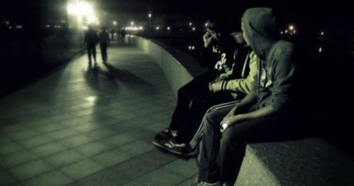 """У Березані після 22:00 підлітків """"розганяють"""" по домівках -  - df CUQZ A4"""