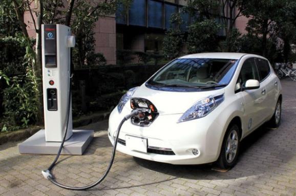 Електрокари набирають популярності: в Україні на 2/3 виріс квітневий ринок електромобілів - електромобілі - im578x383 elect299