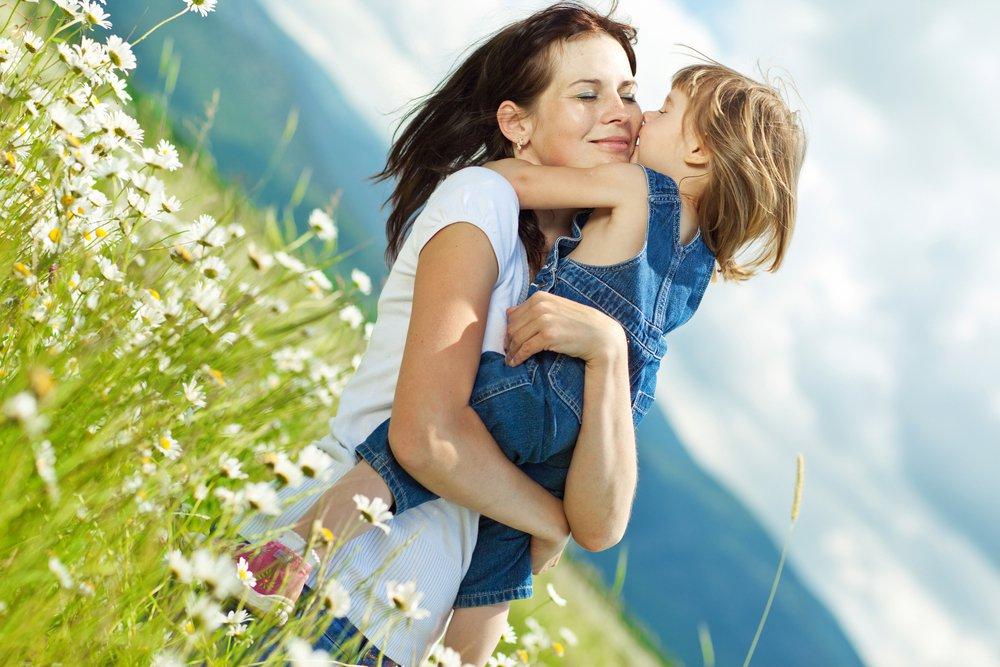 Обіймайте дітей – це впливає на їх розумовий розвиток - Суспільство, Розвиток, дослідження, Діти, Батьки - mamazpt dochka 1426245365