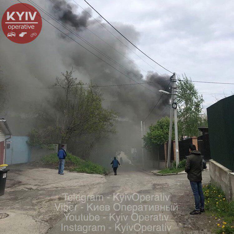 У Хотові горить будинок - Хотів, рятувальники, ДСНС - photo 2019 05 10 14 29 07
