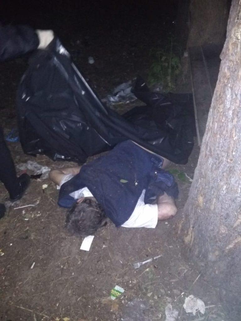 У Києві діти знайшли мертвого чоловіка -  - trup 1 768x1024
