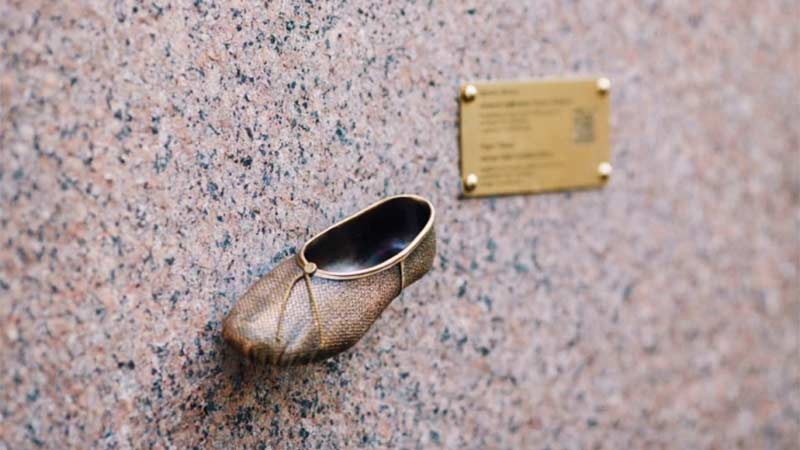 У Києві з'явилася 16-та міні-скульптура - Київ - tufelka