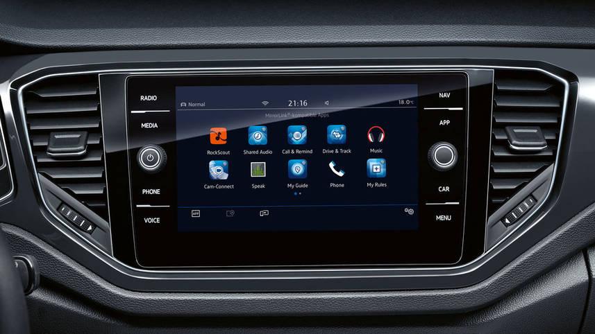 Європейський автобестселер Volkswagen T-Roc виходить на український ринок -  - vw t roc connectivity