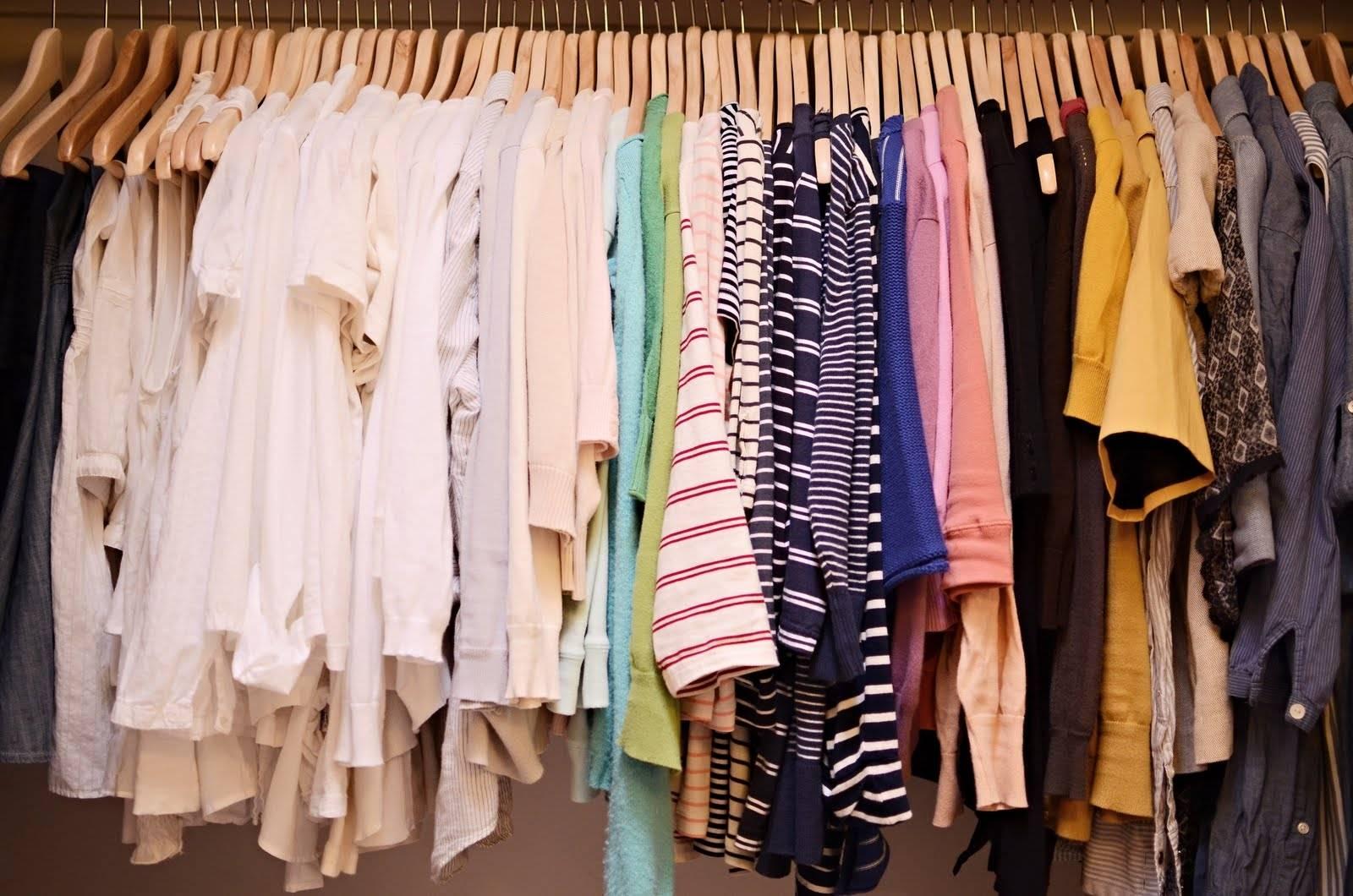 11_bank-odyagu2 У Немішаєвому безкоштовно роздаватимуть одяг