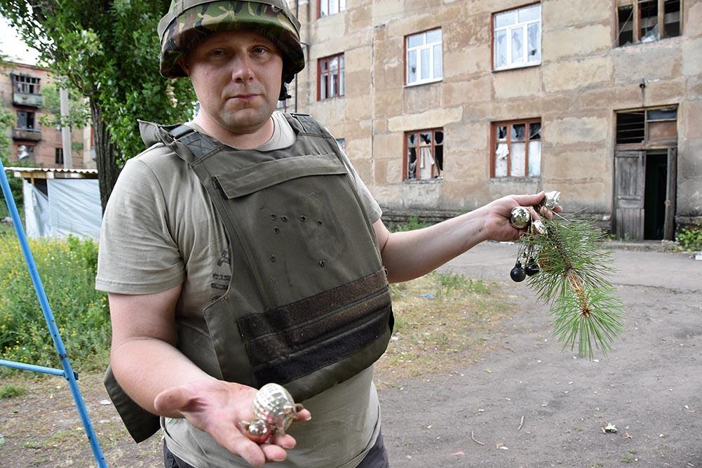 У Музеї історії України у ІІ світовій війні готують виставку «Український Схід» - історія, Війна на Сході України - 5 2