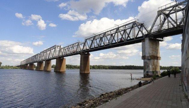 Висновок експерта : майже 70 мостів у столиці є аварійними -  - 630 360 1488803041 8789