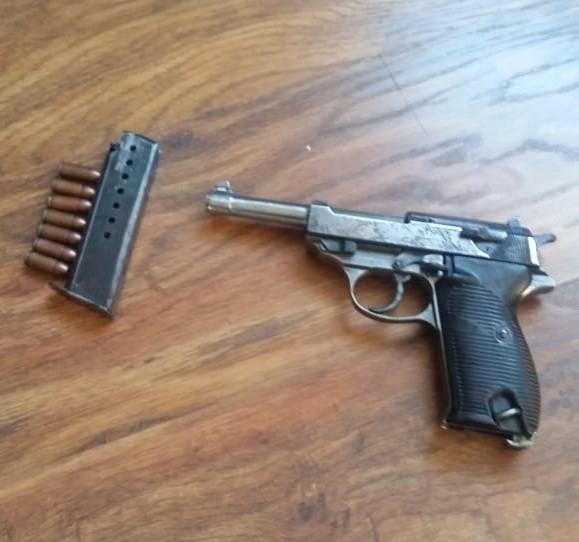 Підпільні зброярі: на Київщині СБУ накрила нелегальну майстерню, де виготовляли кулемети, гвинтівки, пістолети - СБУ, пістолет, незаконний продаж зброї, набої, кримінал, київщина - Zbroya 1