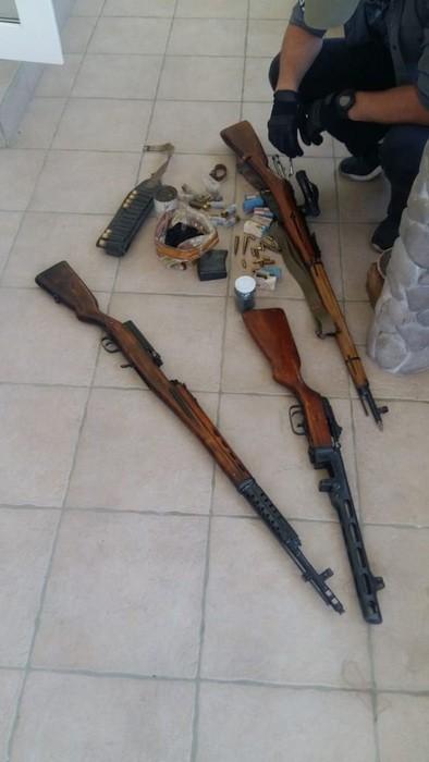 Підпільні зброярі: на Київщині СБУ накрила нелегальну майстерню, де виготовляли кулемети, гвинтівки, пістолети - СБУ, пістолет, незаконний продаж зброї, набої, кримінал, київщина - Zbroya 2
