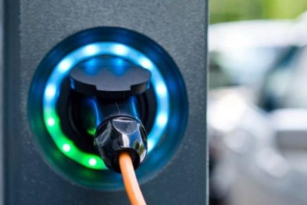 Зі Львова до Одеси – на електромобілі: в Україні збільшилась мережа швидкісних електрозаправок - електромобілі - fivi