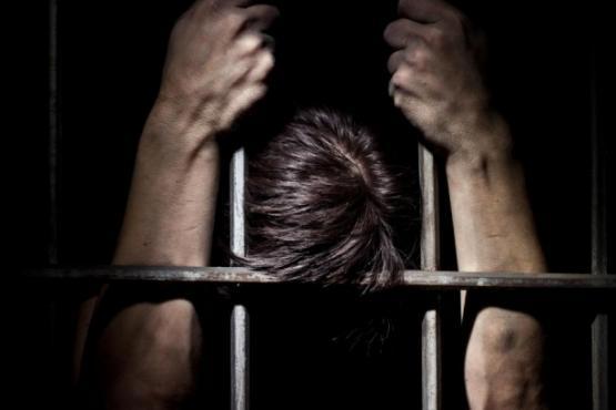 pytavshiysya-zadushit-11-letnego-syna-pyanyy-muzhchina-arestovan-v-bashkirii-glav Нагрішив - у тюрму: у Фастові спіймали церковного крадія, який втік з суду