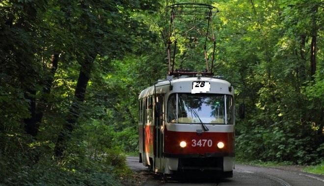 """tralik2 Скорочений режим роботи трамваїв від станції метро """"Лісова"""""""