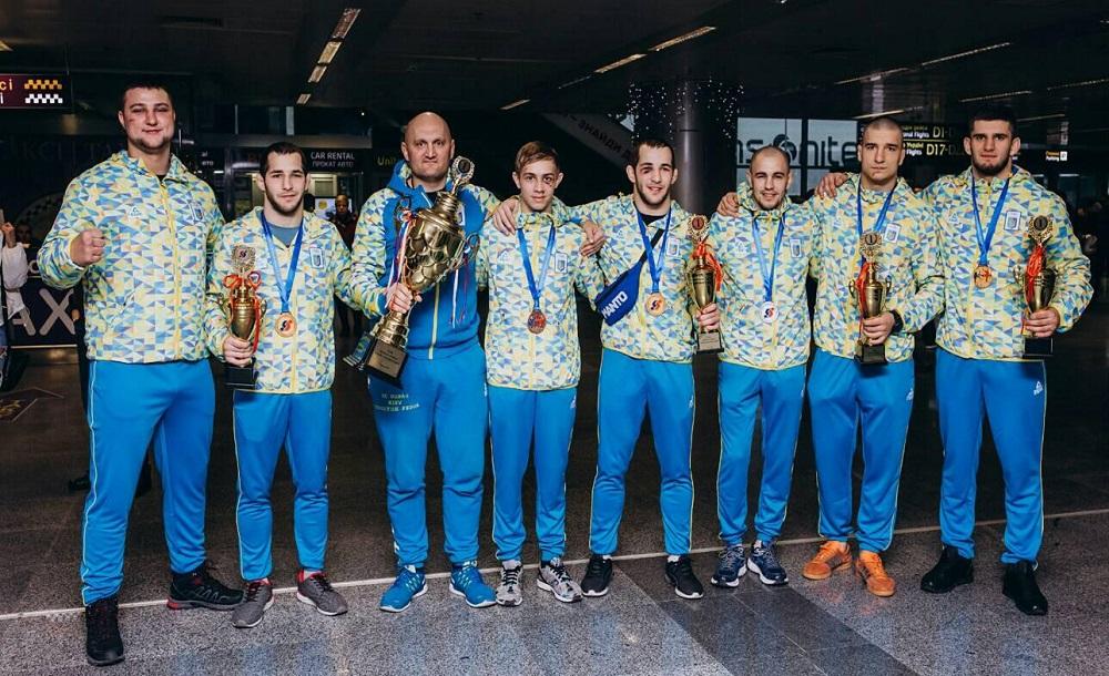 1499e929a5cdd13b2c02973e2045c5dd Чемпіон з Ірпеня: Ярослав Амосов виграв світову першість з бойового самбо