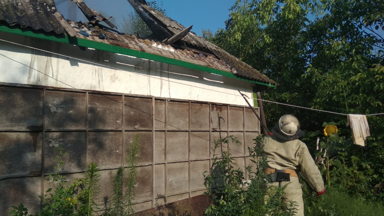 На Білоцерківщині горів житловий будинок -  - IMG 403dcb44e1fac5cde4c66188cea91aa3 V