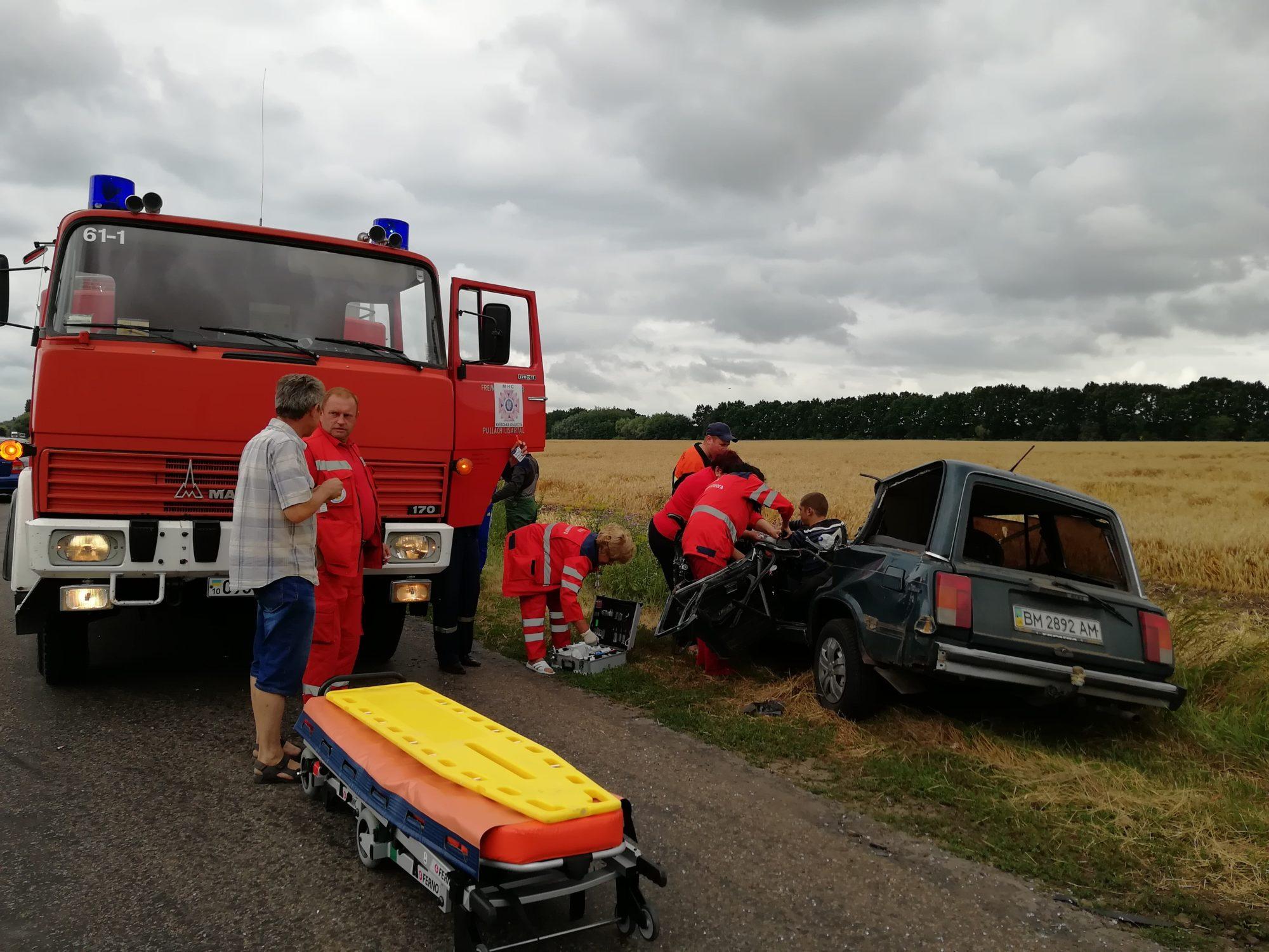 IMG_20190710_115509-2000x1500 У Баришівському районі «ВАЗ 2104» зіткнувся із трактором