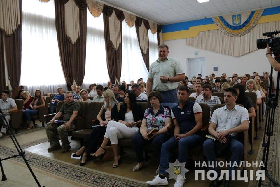 Nebytov-zal-1 Головний поліціянт Київщини Андрій Нєбитов не бачить «Ірпінського Чикаго»?