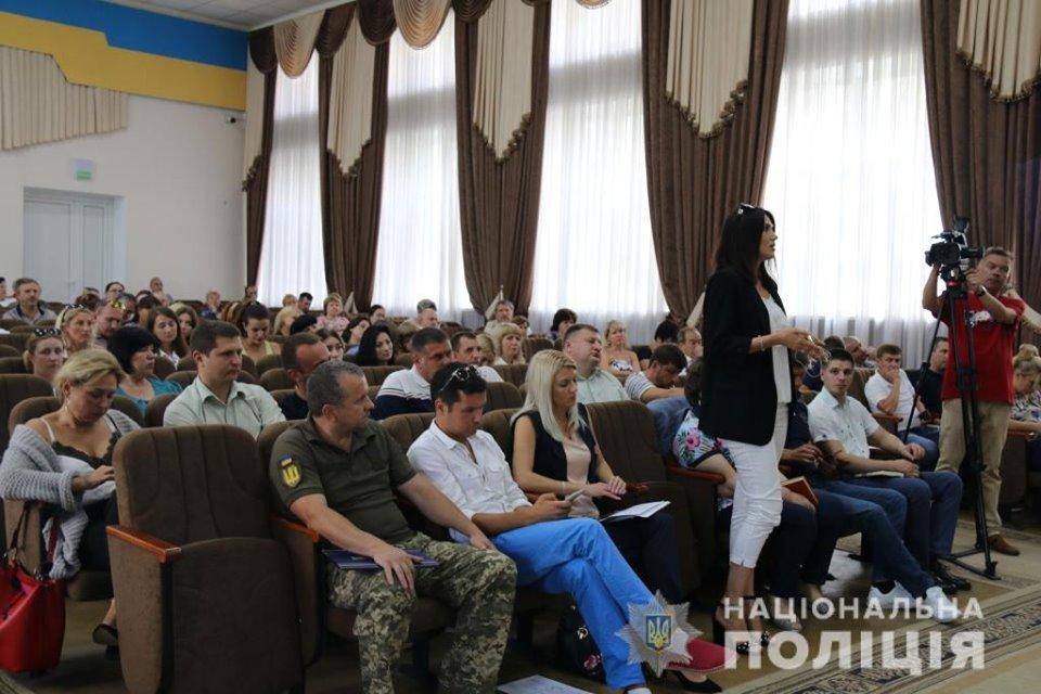 Nebytov-zal-2 Головний поліціянт Київщини Андрій Нєбитов не бачить «Ірпінського Чикаго»?