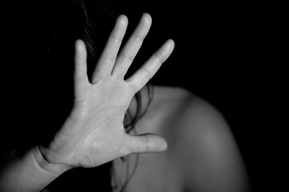 Жителя Ірпеня, який зґвалтував неповнолітню у Василькові, судитимуть