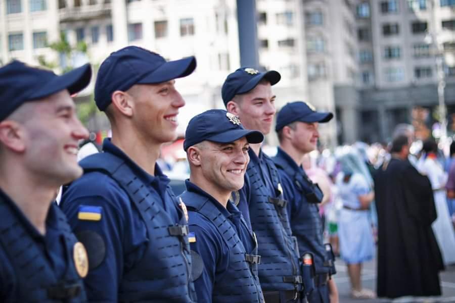 З першого серпня громадський порядок охороняють нацгвардійці - Україна, Національна гвардія України, МВС, Арсен Аваков - 0801 NGU patrul