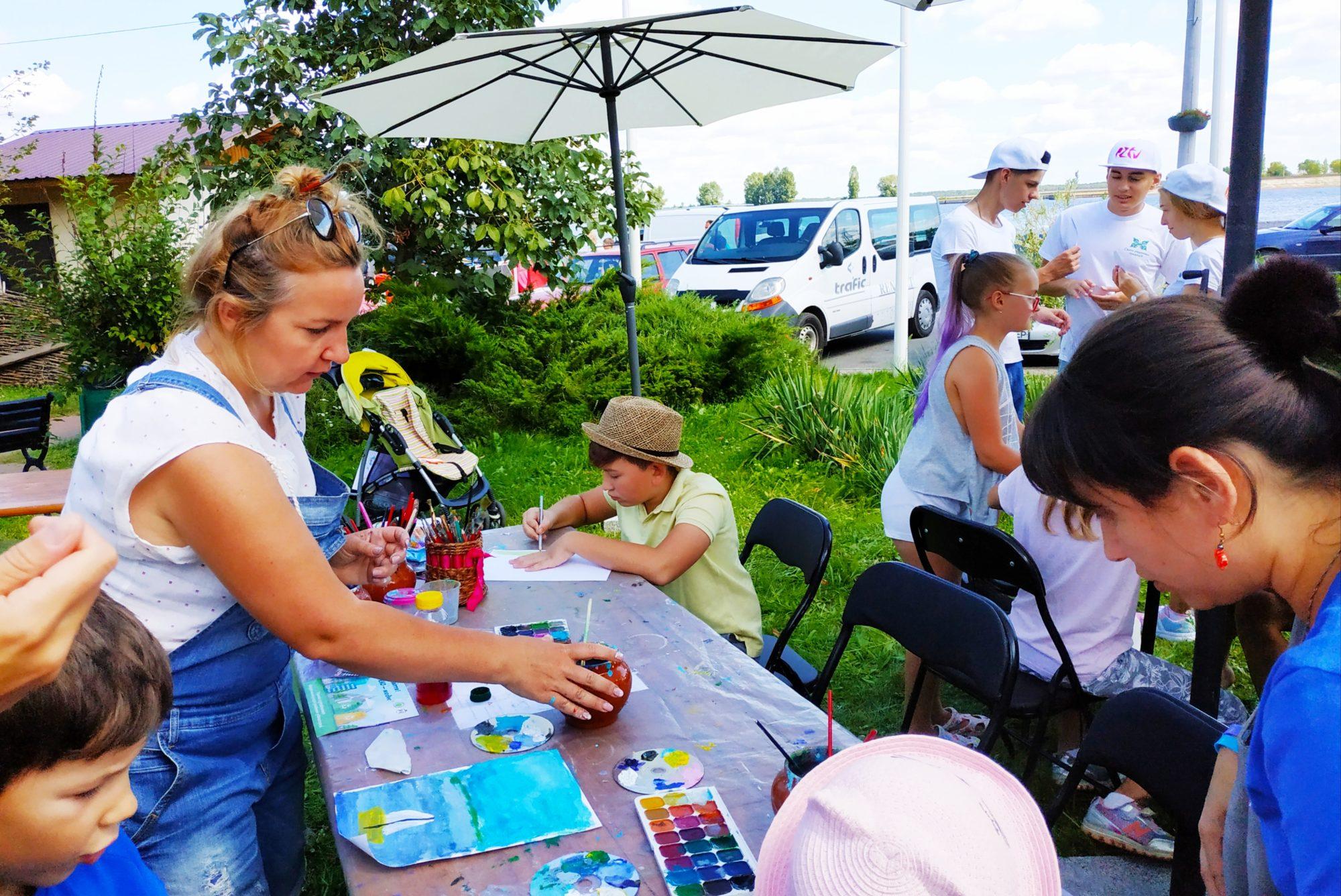 «Свято родинних традицій» у Вишгороді зібрало друзів і партнерів - Фестиваль, Вишгород - 0810 Rodynni Nausevych 2000x1336