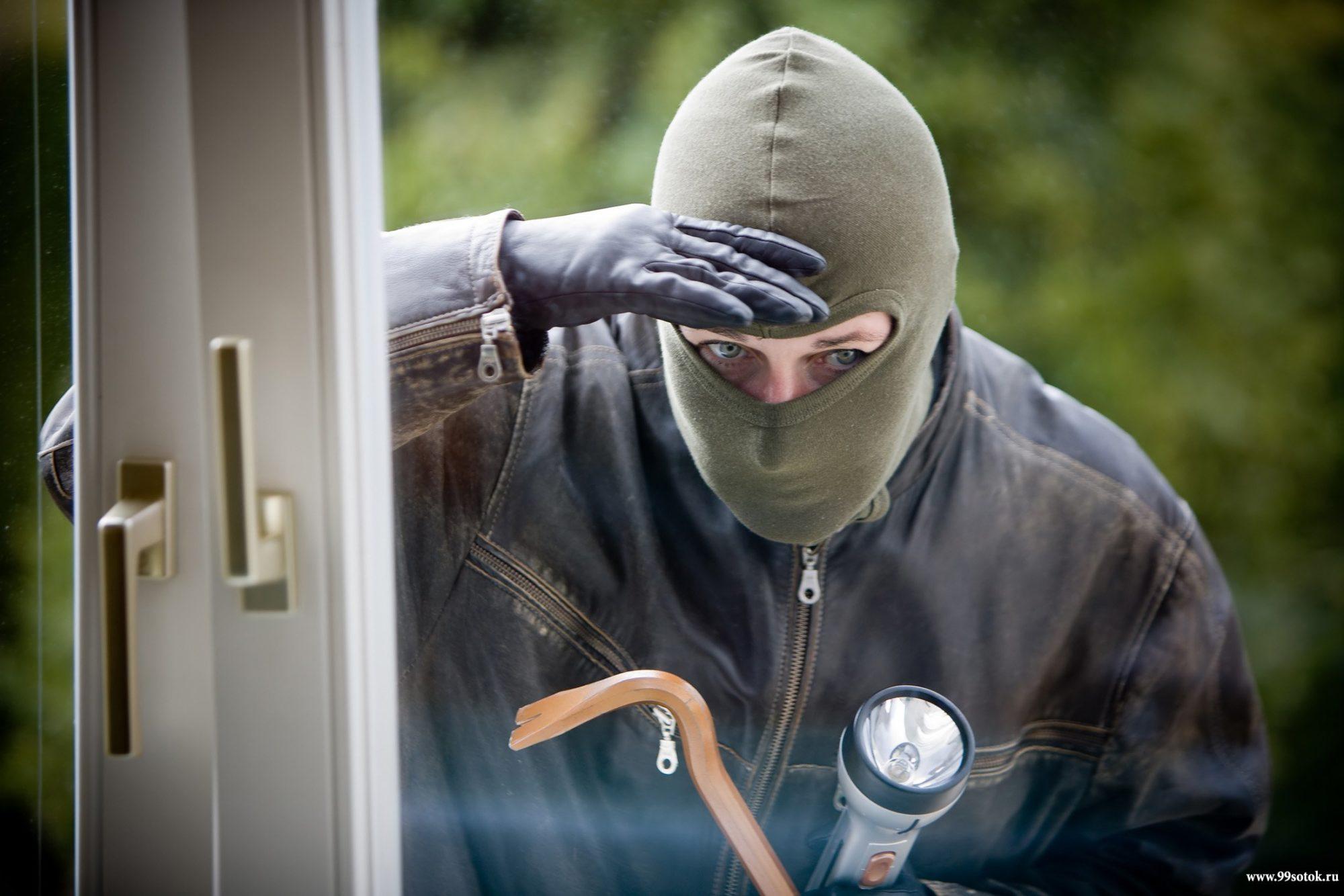 За добу у столиці постраждало 119 громадян від крадіїв - крадій, крадії, крадіжка, Київ - 11 vor 2000x1334