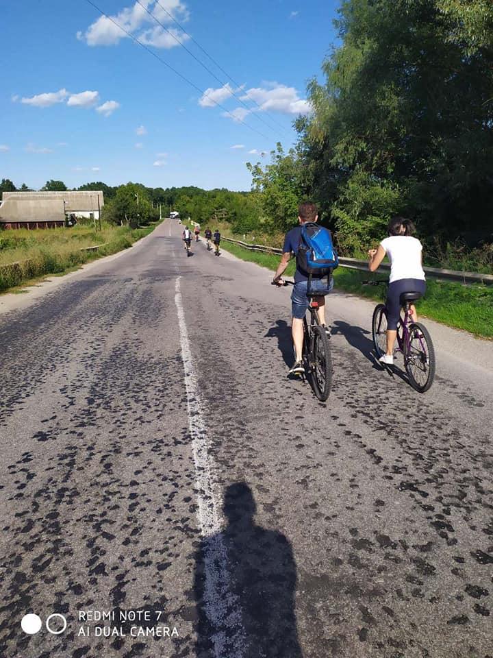 60 км позаду – емоції переповнюють: на Богуславщині відбувся масштабний велозаїзд (ФОТО) - велосипедисти, велосипедист, велосипед, велопробіг - 20 velo2