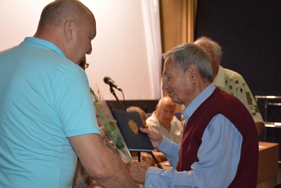 В Броварах вшанували ветеранів будівельної галузі -  - 67729528 346816132896754 4123674602847076352 n