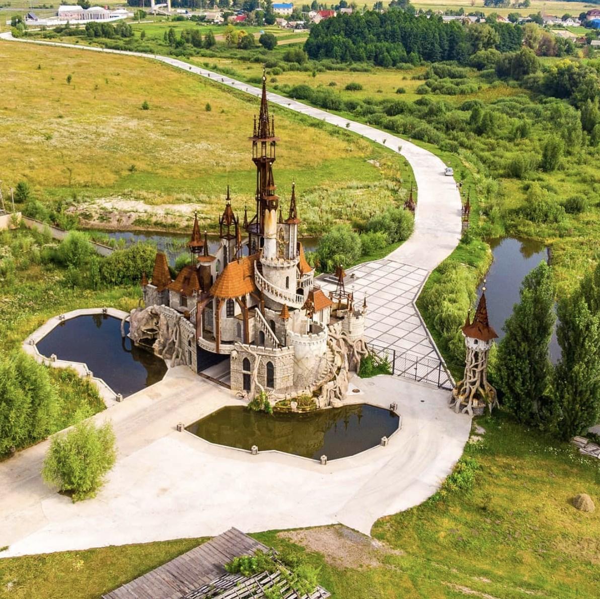 Казковий замок на Київщині -  - 68354550 396371657897886 7038190730753343488 o 1