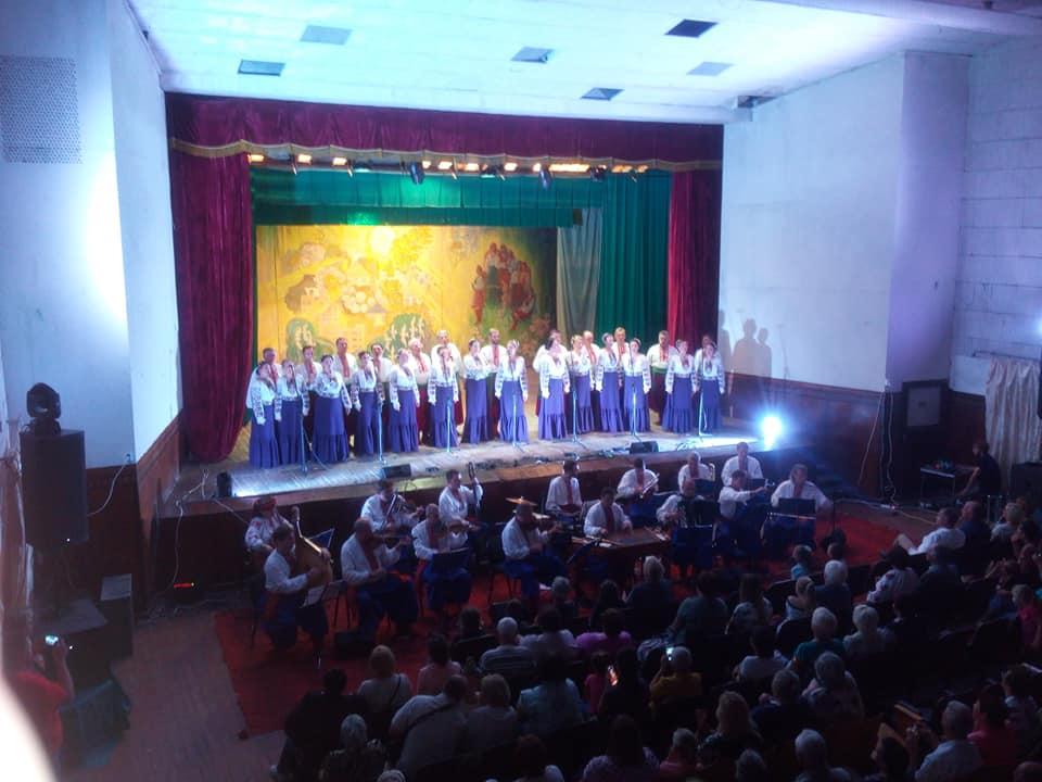Народний хор ім. Г. Верьовки вітав зі святом село Баришівського району -  - 68492766 601776103559647 1499654815708348416 n