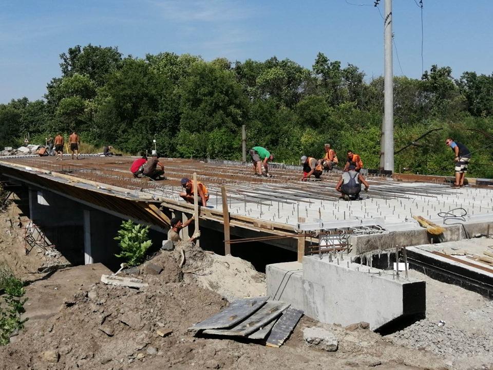 На Миронівщині будують шляхопроводи через залізницю