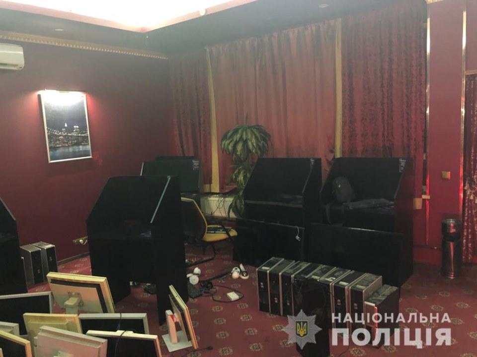 69231146_2424553910933100_7932666538283237376_n У Василькові викрили черговий незаконний салон грального бізнесу