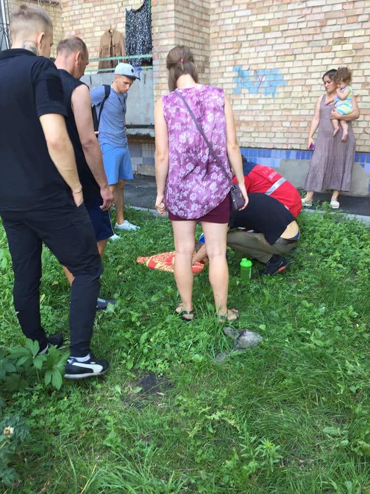 69514677_2409034096010915_2297216026233798656_n На Київщині дитина випала з вікна 4-го поверху
