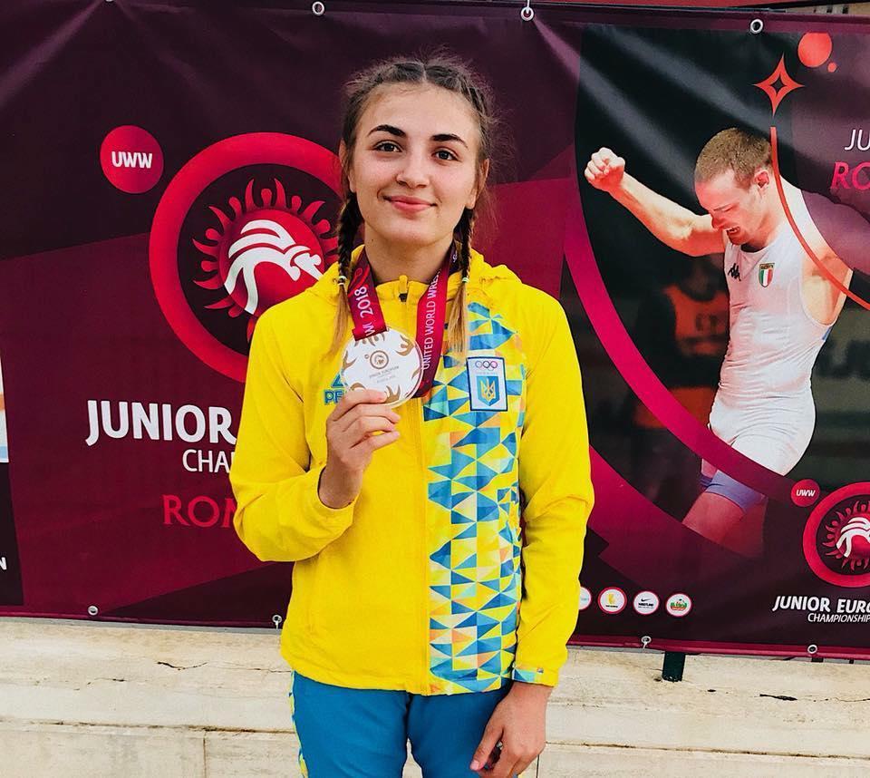 Юніори з Київщини візьмуть участь в чемпіонаті світу з боротьби -  - Akobiya Alina zh.borotba