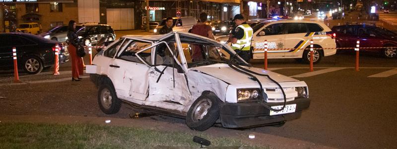 DTP-1-of-1-1 ДТП у столиці: Audi протаранив ВАЗ